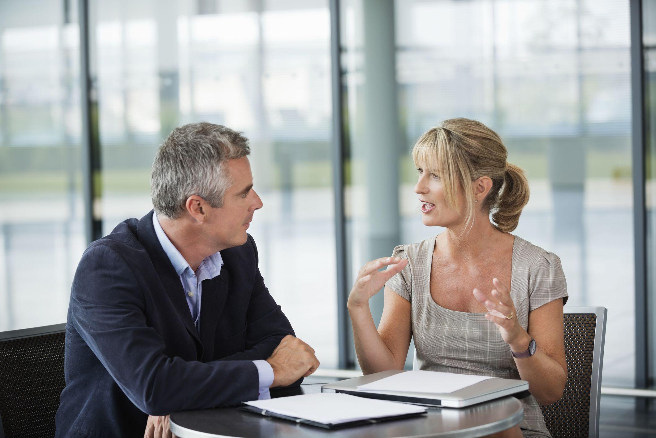 Разговор двух человек картинка